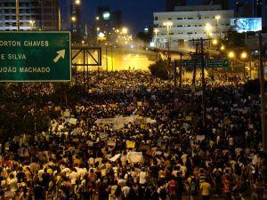 800px-Protesto_20_de_junho_de_2013_em_Natal