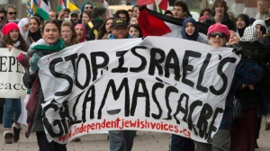 Jewish Canadians marching against the Gaza Massacre