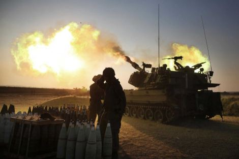 Israeli tank firing into Gaza July 21st